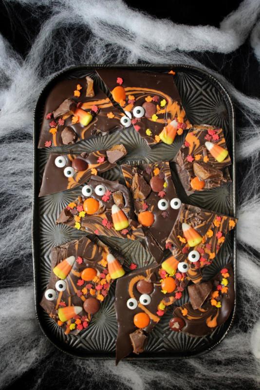 halloween desserts boo chocolate bark