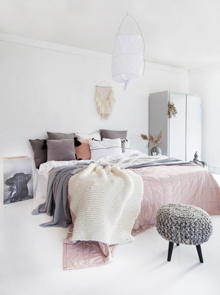 7 Tips To Create A Cozy Bedroom Space A Life Well