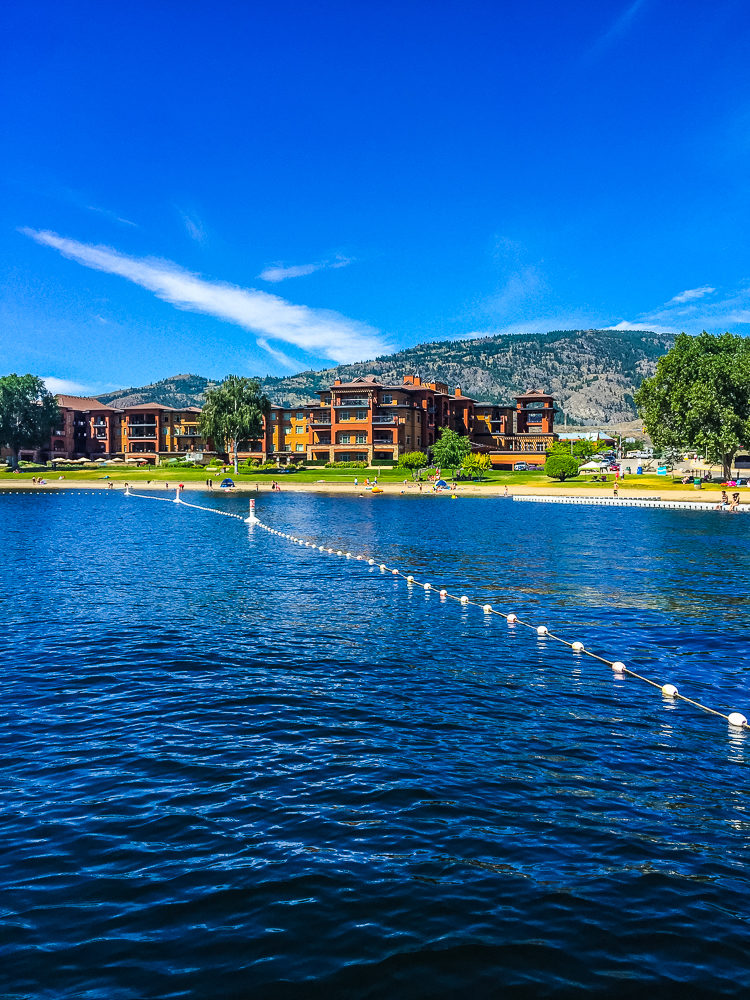I'm sharing how to spend 3 amazing days in Osoyoos, BC. Canada's only desert, has wineries, a warm lake, great food & 100s of fruit stands.
