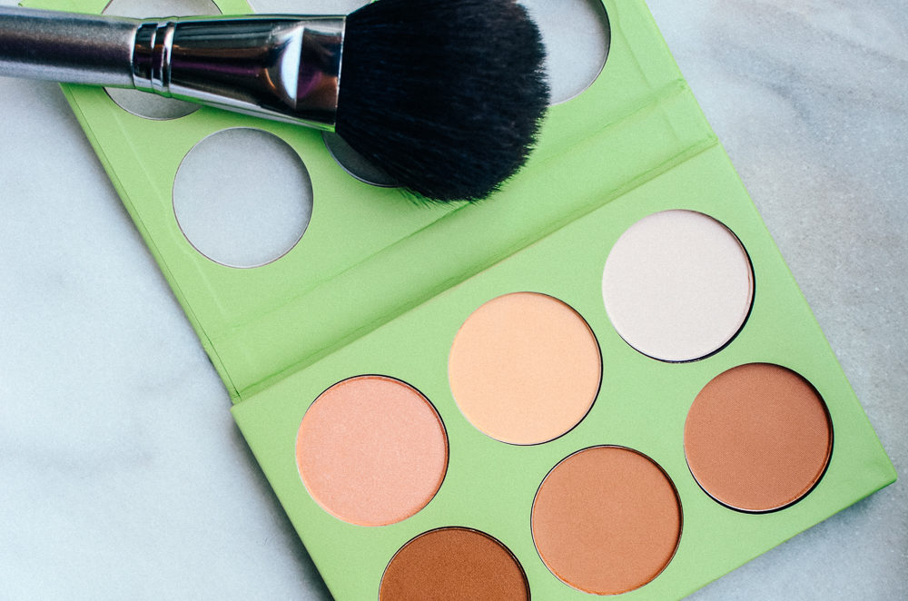 I've fallen in love with the cult beauty brand, Pixi Beauty. Find out which products won me over and what ones are a must in any girl's bag.